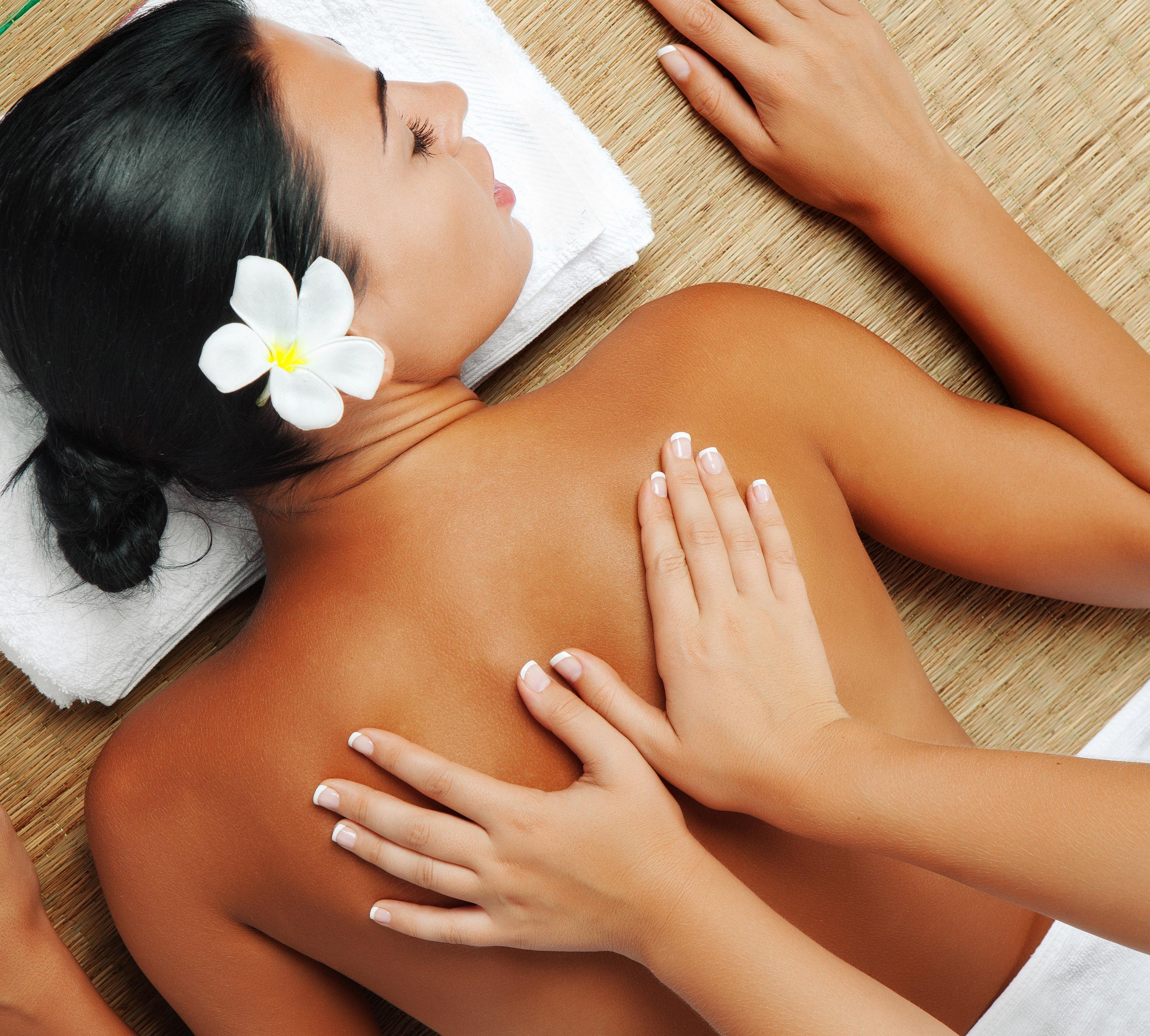 Massage aux pochons pour la fête des mères